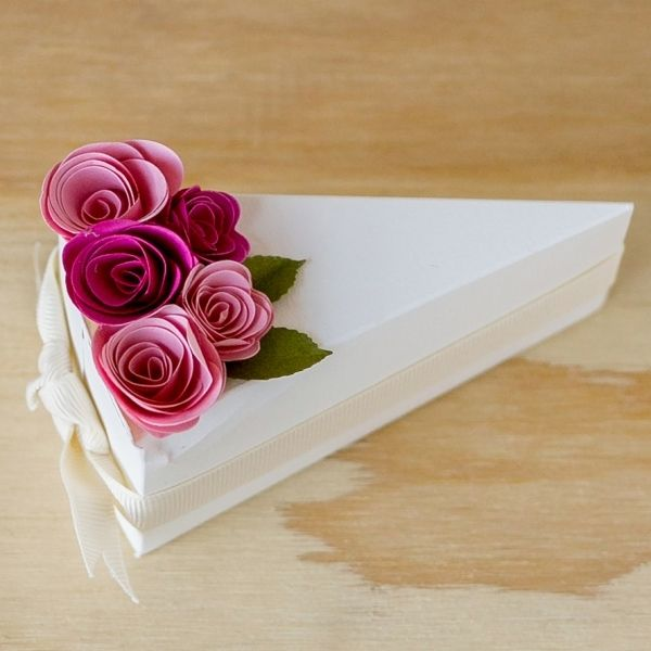 cool How to Pick the Wedding Cake Slice Boxes