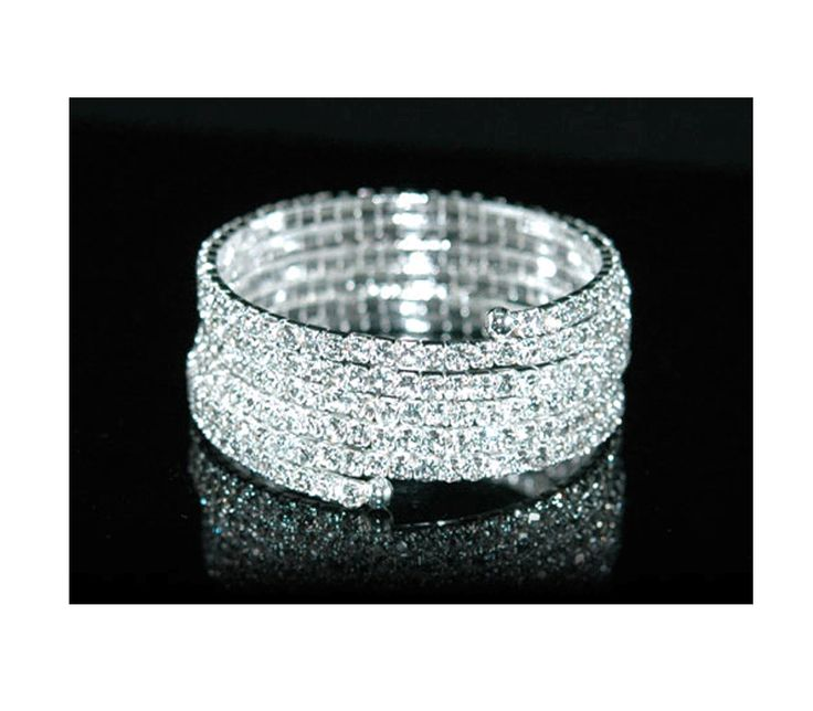 Natalie - Clear Crystal wrap bracelet. Color: Sylver