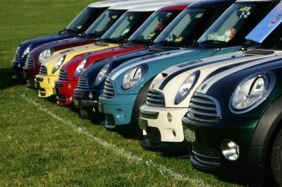 Many colors of Mini Cooper S