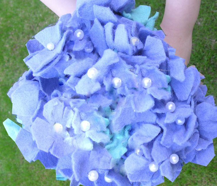 Fabric Flower Wedding Bouquet Tutorial: Felt Hydrangea Bridal Bouquet Tutorial