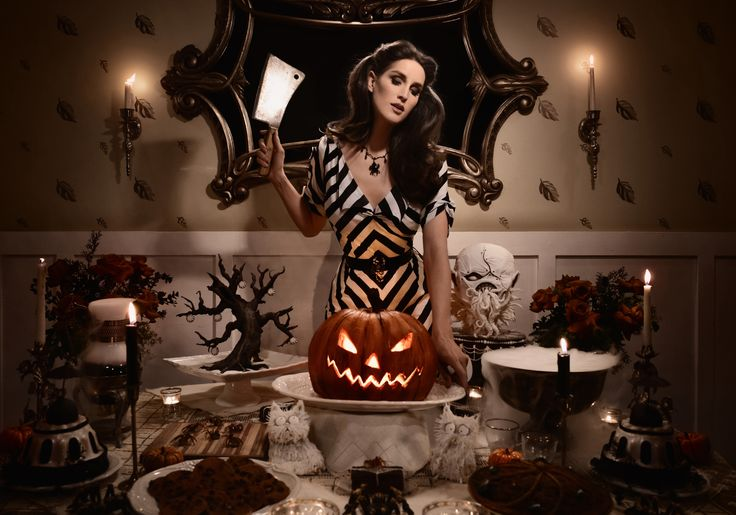 Christine McConnell creates SCARY GOOD TREATS like spiders and Beetlejuice Pie