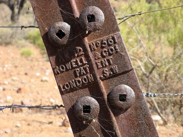 Wire-tightening fencepost - Pichi Richi Railway, Northern Guidebook map 3.9
