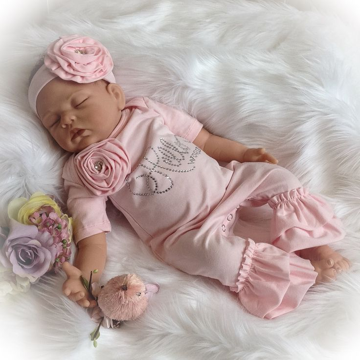 Hello World Coming Home Outfit, Hello World Newborn Ruffle Romper, Baby Girl Coming Home Romper,Pre-order by PoshBabyBlooms on Etsy https://www.etsy.com/listing/486401090/hello-world-coming-home-outfit-hello