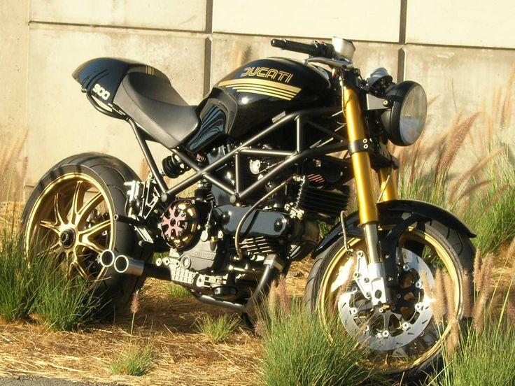 Ducati Flight Cycles SS2r