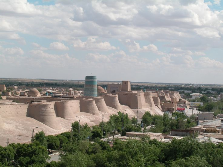 """The huge walls of the City museum """"Ichan Kal'a"""" in Khiva."""