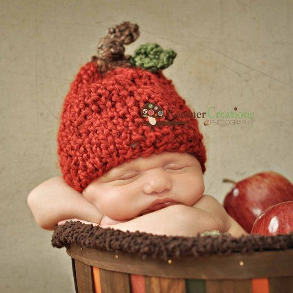 Newborn: Apples Hats, Newborn Photography, Fall Newborn Photo, Baby Apples, Apples Baby, Newborn Pics, Baby Girl, Photo Idea, Fall Photo