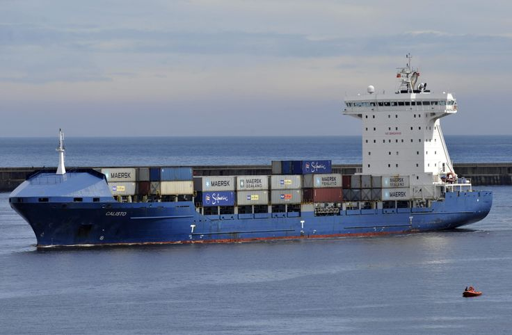 Calisto - largest vessel ever handled in the Port of Tyne