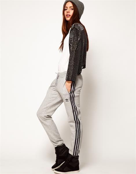 Женские спортивные брюки адидас