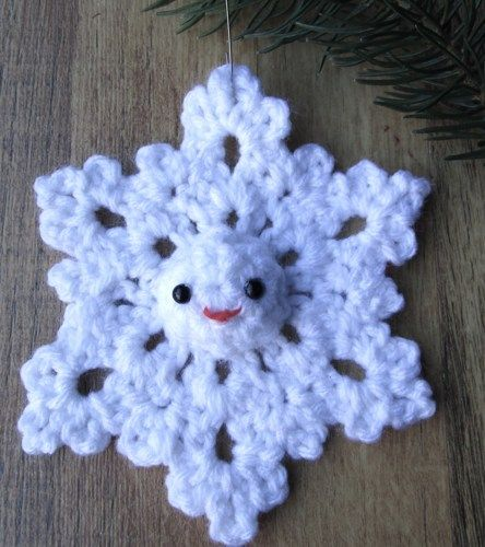 Amigurumi snowflake crochet Christmas winter ornament -- so cute | CircularVintageandCrafts - Seasonal on ArtFire