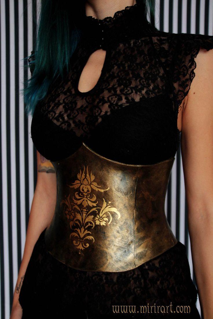 korset waist training corset gotische underbust steampunk / / vittoriano. Damascus.  stijl faux metalen armor. door MirirArtSteampunk op Etsy https://www.etsy.com/nl/listing/504890423/korset-waist-training-corset-gotische