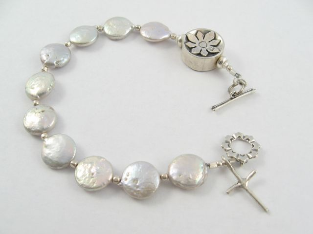 Unique rosary bracelet - I want to make myself one