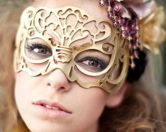 Victoriana masker in goud leer