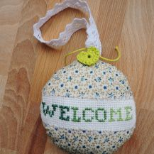 'Welcome' cross stitch hanging decor - DolceDecor home decoration