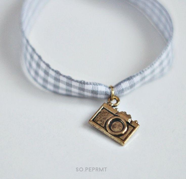 Sju - Camera (proj. sopeppermint), do kupienia w DecoBazaar.com #sopeppermint #sopeprmt #camera #bracelet
