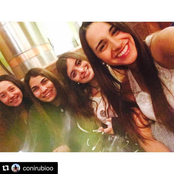 """Cerveza Rural - Litueche Chile en Instagram: """"#Repost @conirubioo with @repostapp. ・・・ Rurals!  #friends #CervezaArtesanal #CervezaRural #Litueche #Repost #brewpub #beer #craftbeer #Cerveza #Rural"""""""