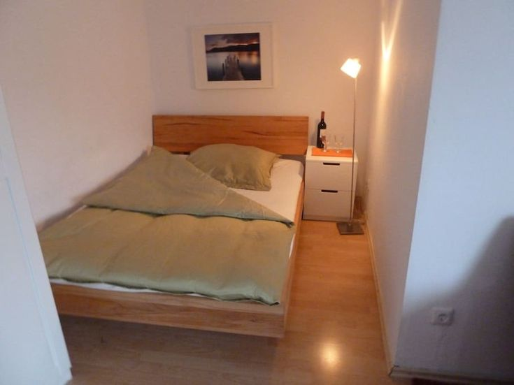 Entire home/apt in München, Germany. quiet and central, subway, all shops around, modern furniture, TV, Internet, modern kitchen gadgets:microwave, coffeemachines, toaster,waterboiler.  double-bed plus sleeping-couch, towels, bedsheets,many blankets,sunny balcony, washing-machine and...