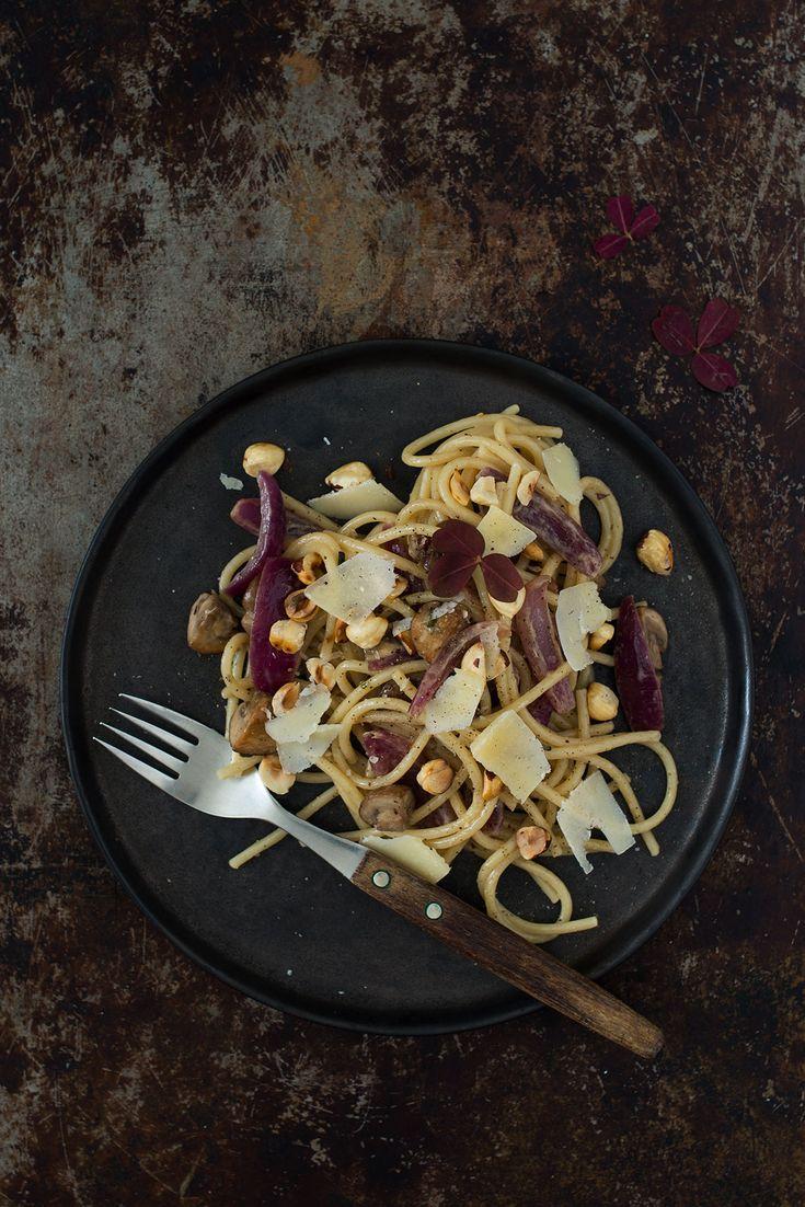 Opskrift: Pasta med champignoner og karamelliserede rødløg   Frk. Kræsen