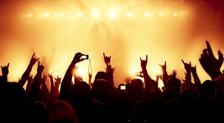 Contert. Live. Hands up. Listen on http://newclearradio.net/