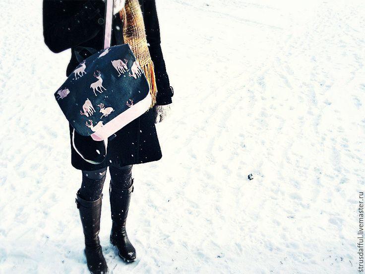 Купить Рюкзак женский с оленями розовый - розовый, олень, олени, сумка с оленем, рюкзак с оленем
