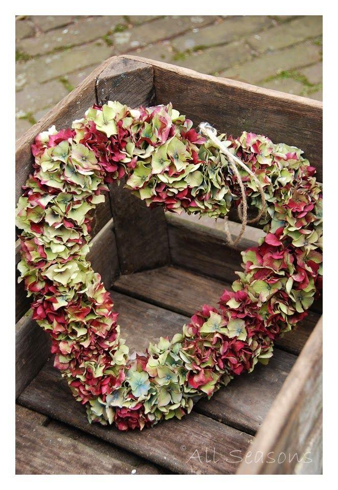 Hydrangea heart wreath tutorial