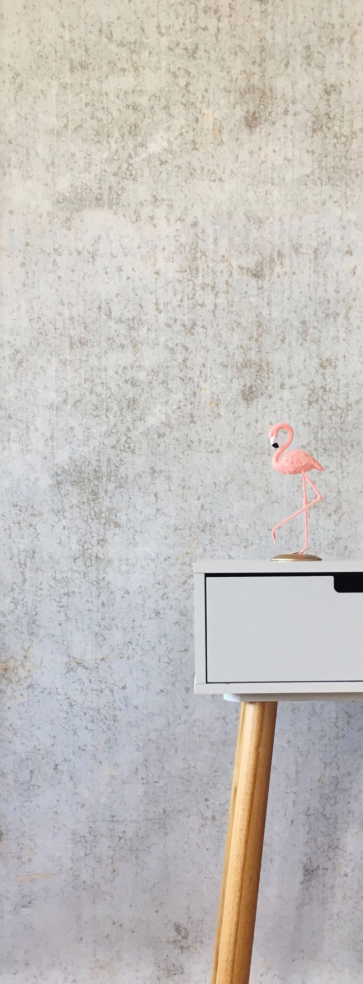 Our Concrete 2 wallpaper is so amazing in person! 😱❤️ #wallpaper #concrete #concretewallpaper #industrialdesign #industrial #flamingo #selfadhesivewallpaper #removablewallpaper #walldecor