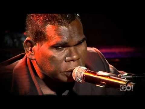 Geoffrey Gurrumul Yunupingu & Missy Higgins - Live at the 2011 ARIA's