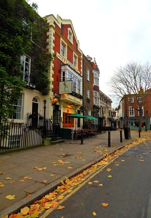 My absolute favorite go-to place in London xo  Richmond Upon Thames