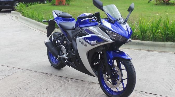 Peluncuran Yamaha R25 ABS ini sebenarnya telah diprediksi saat hadirnya Yamaha R25 non-ABS pada akhir tahun 2014.