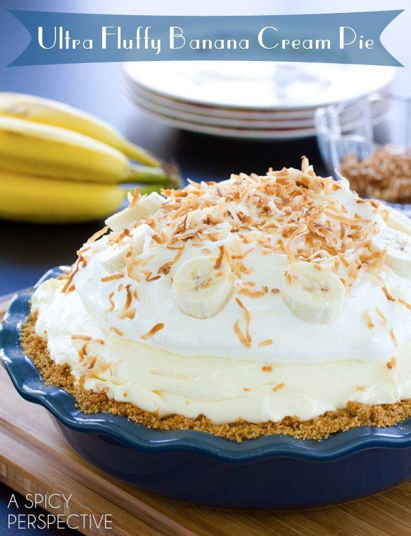 Fluffy Banana Cream Pie Recipe | ASpicyPerspective.com #pie #banana #easydessert