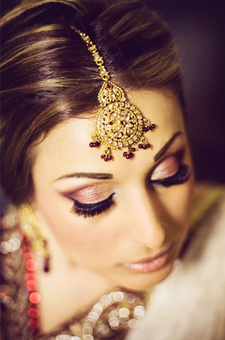 Dulhan Indian Pakistani Bollywood Bride Desi Wedding Tikka | My Punjabi Obssession! | Pinterest ...