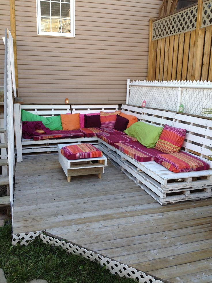 Pallets bench to relax #Bench, #Outdoor, #Pallets