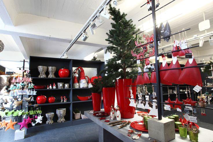 Entdecken Sie unsere Kollektion Herbst & Winter 2015 in unseren Musterräumen.  www.vosteen.de Bitte beachten Sie, dass sich unser Angebot ausschließlich an Gewerbetreibende richtet.