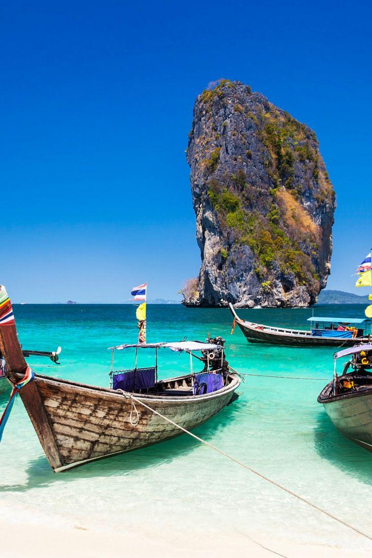 Van alle eilanden die er op de wereld zijn, dat zijn er duizenden, is Phuket toch wel één van de mooiste! Dit Thaise pareltje heeft werkelijk alles wat je van een tropische vakantie verwacht. Dit wil jij toch zelf ook ontdekken? #phuket #thailand