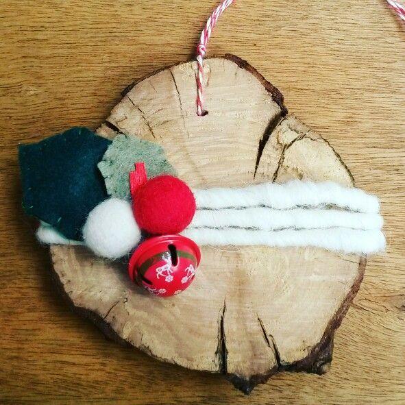 Wood slice and felt christmas ornaments.