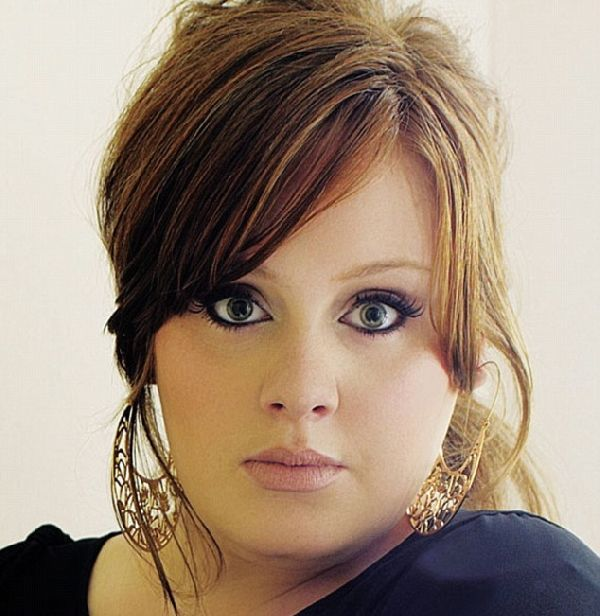 adeleMusic, Beautifulcurvi Eye, Hair Colors, Cat Eye, Size Beautiful, Beautiful Women, Favorite Singer, Adele Hairstyles, Curvy Style