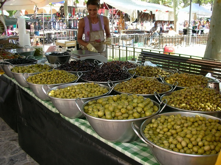 Olive Stand at Puerto Pollensa's weekly market, Mallorca