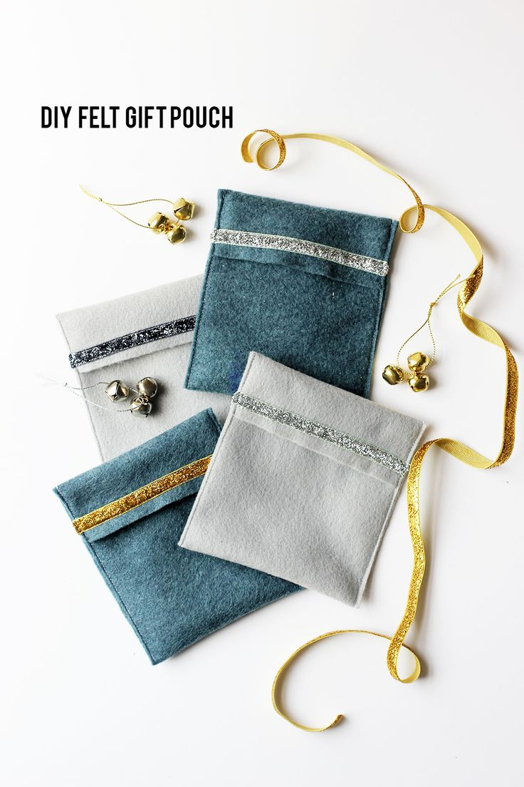 Want to add some sparkle to a special gift this holiday season? Make these five minute felt gift pouches.