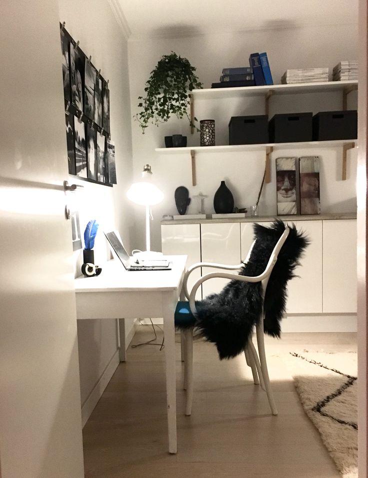Working Rom, arbetsrum, fårskinn, thonet stol,