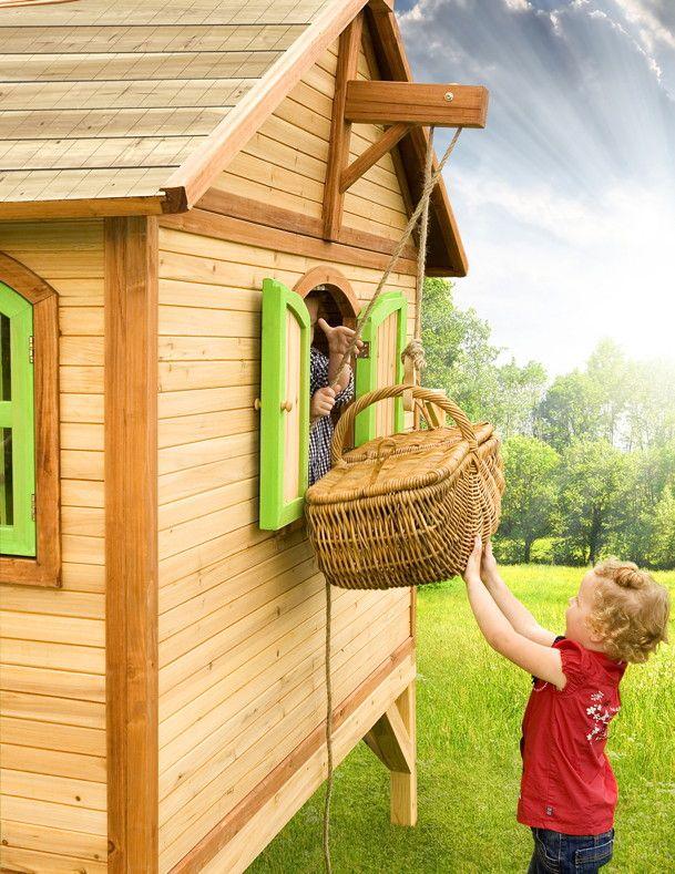 Trend Kinder Spielhaus Axi STEF Kinderspielhaus Stelzenhaus Holz Terrasse Detail Mit den verschiedenen Accessoires wird