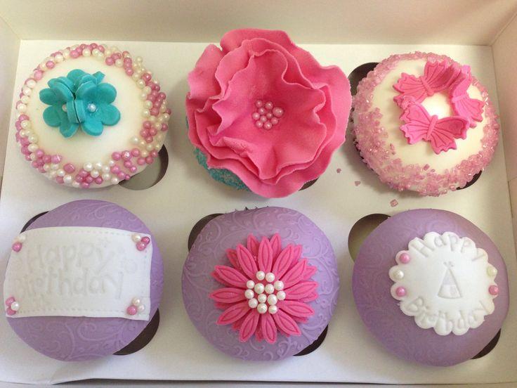 Happy birthday pink flower cupcakes