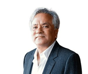 Anish Kapoor. INDIA being run by