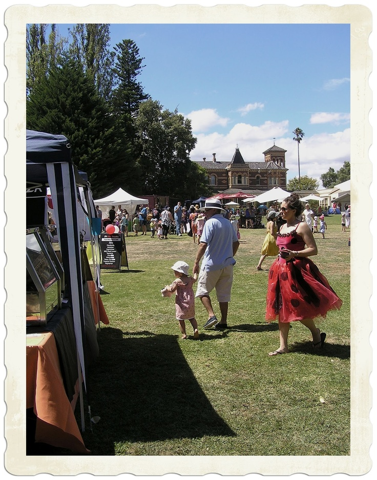 The Teddy Bear's Picnic at Ripponlea Estate, 2012 || #market #event #Victoria #Australia #historic #teddy #bear #family #kids