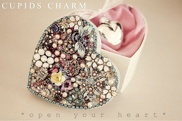 beautiful use of broken jewelry - cupids heart