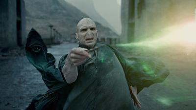 Podívejte se na celý nový film s Voldemortem! Co bylo před Harrym Potterem?