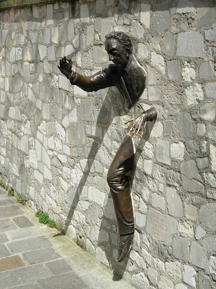 """""""Le Passe-Muraille""""  Paris  Jean Marais"""