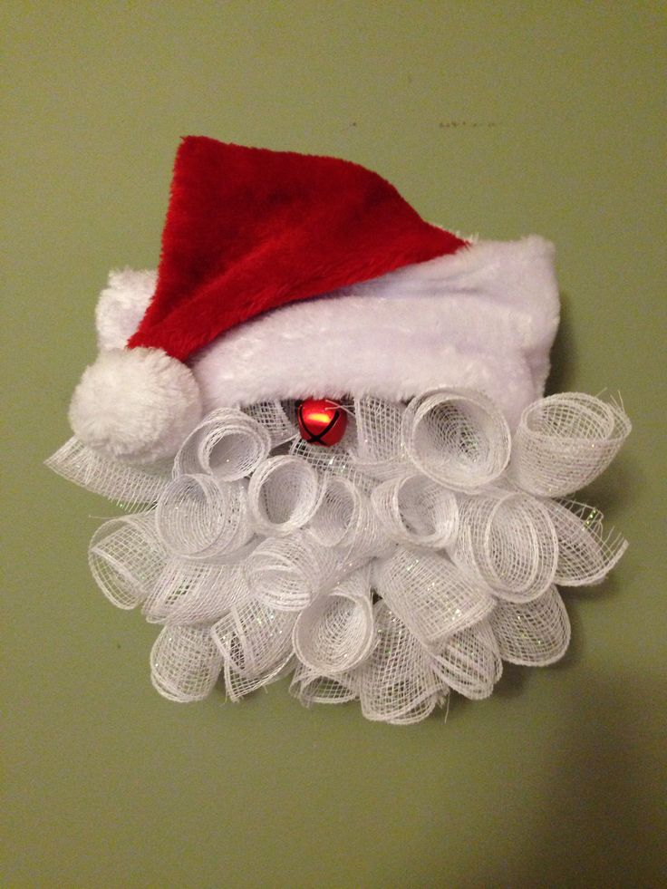 25 Unique Santa Wreath Ideas On Pinterest Santa