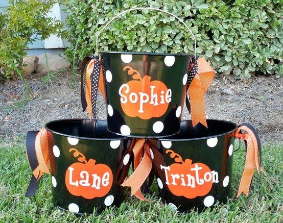 diy halloween treat buckets