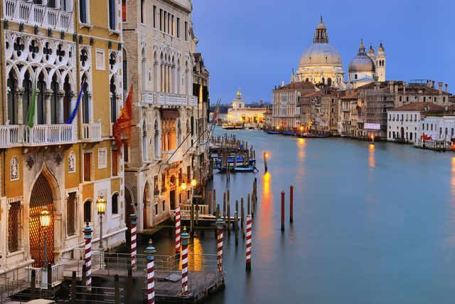 Don't know what to do in Venice? We have tips for top places to stay, transportation, museums, churches, food and more in Italy's most romantic city.