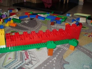 Great Wall of China made from Duplo - foreign language (China)