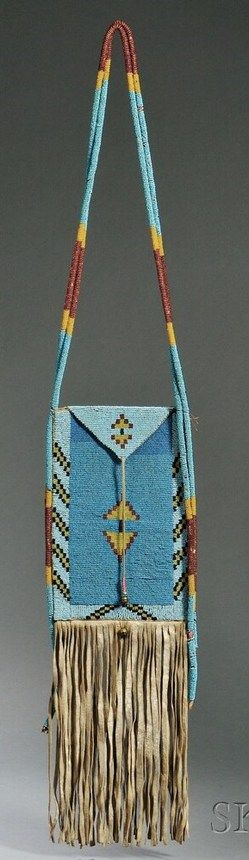 Blackfoot beaded bag, 19th century? Сумка Черноногих, конец 19 [?] века.